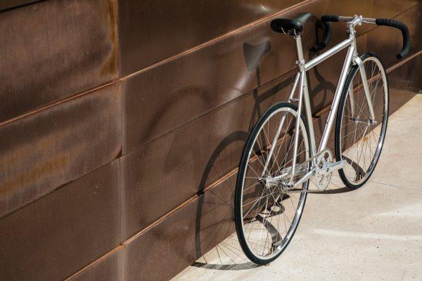 State_Bicycle_Co_silver_Fixie_Bike_Montecore_3_.jpg16